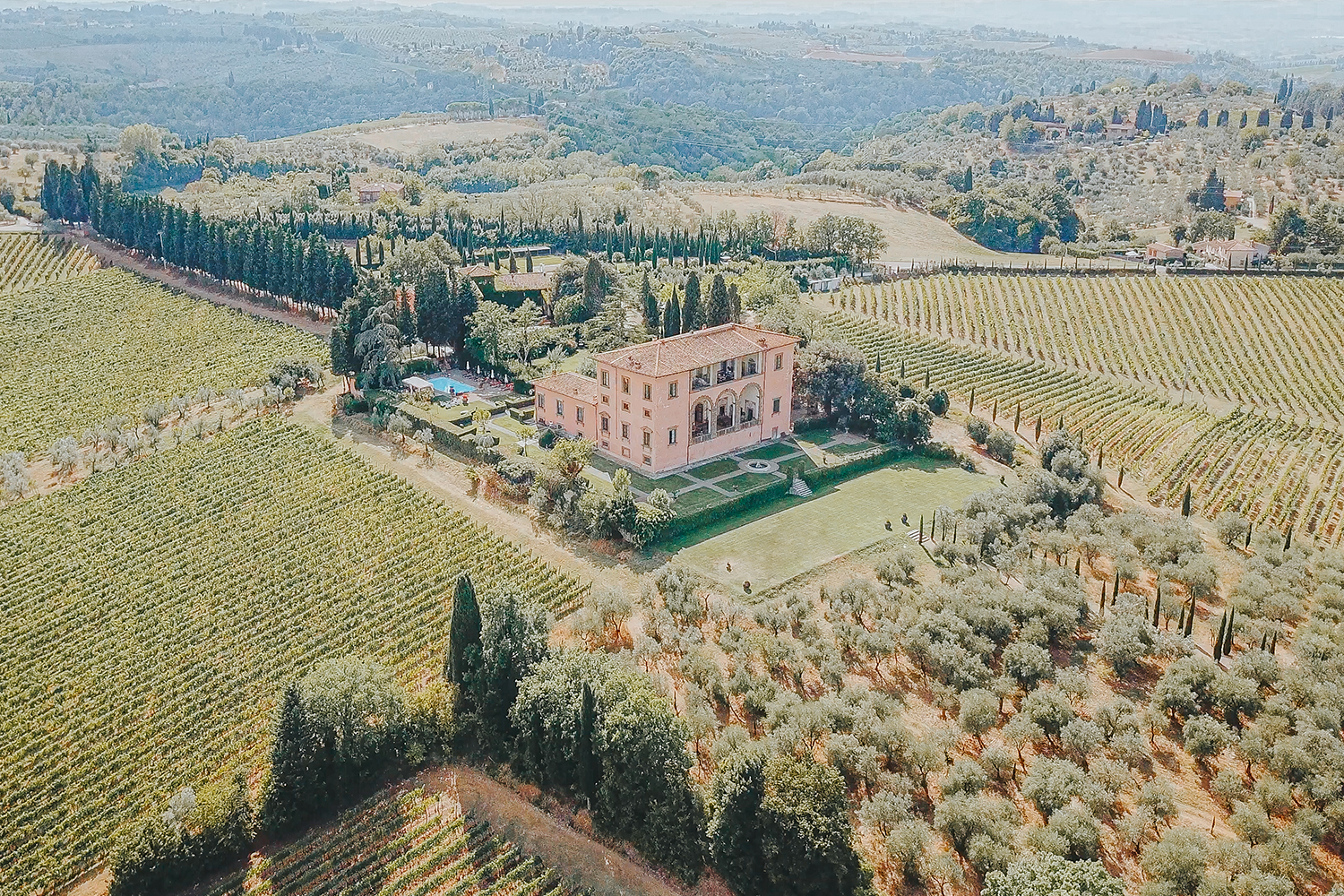 Exclusive wedding at Villa Mangiacane